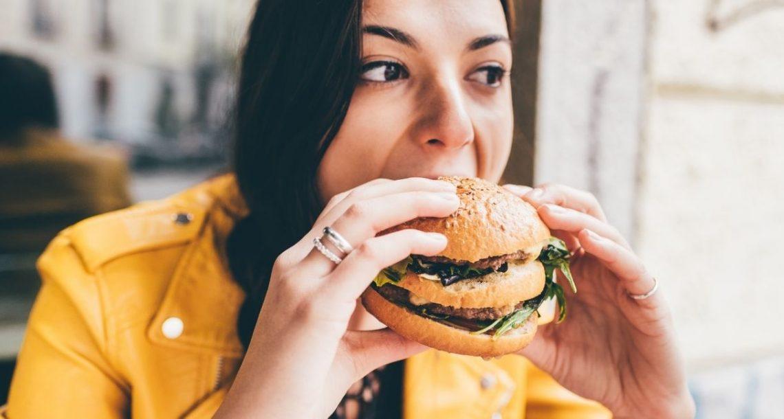 האם ניתן להתמודד עם התקפי אכילה ללא עזרה מקצועית?